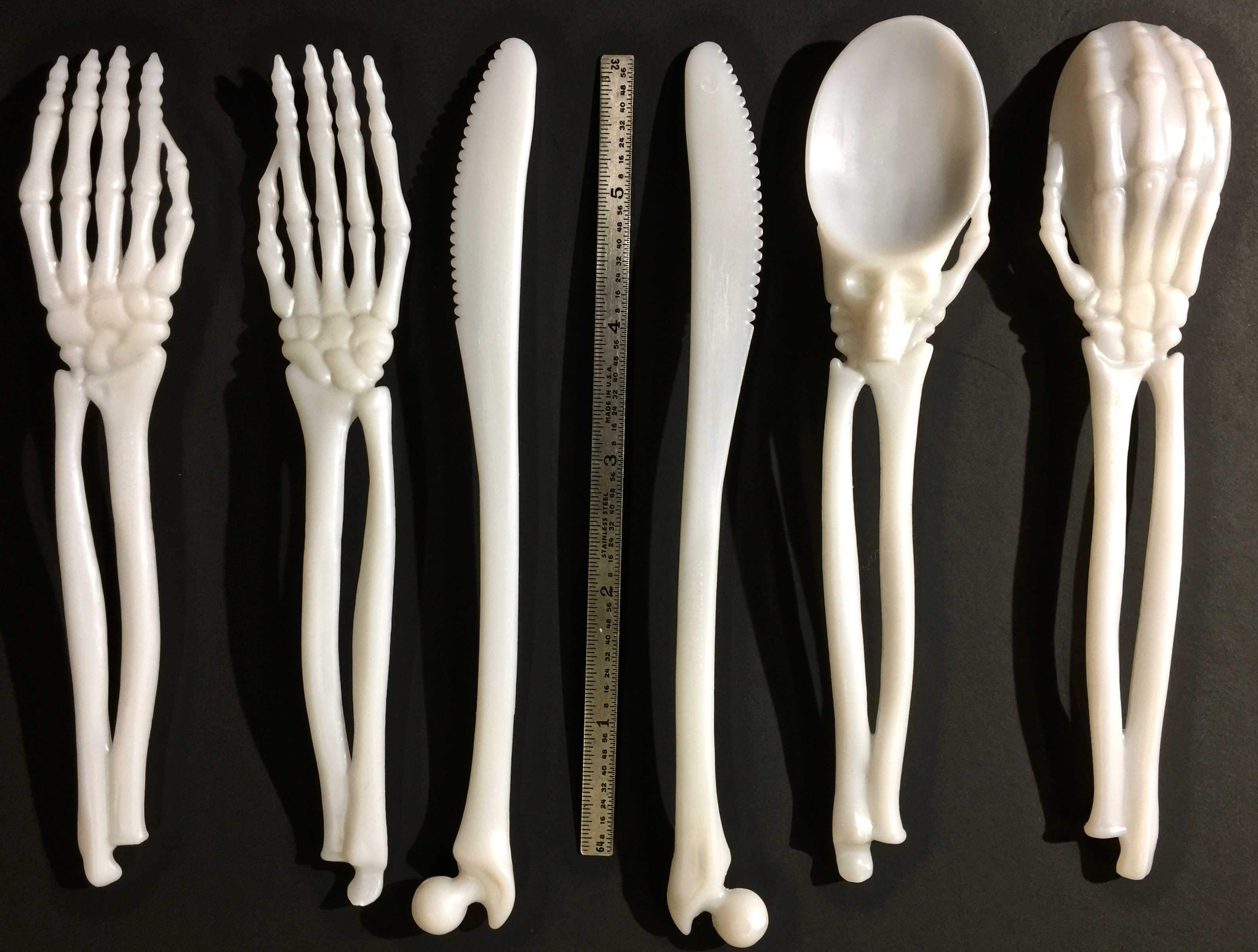 Front & Back views of Boneware cuttlery