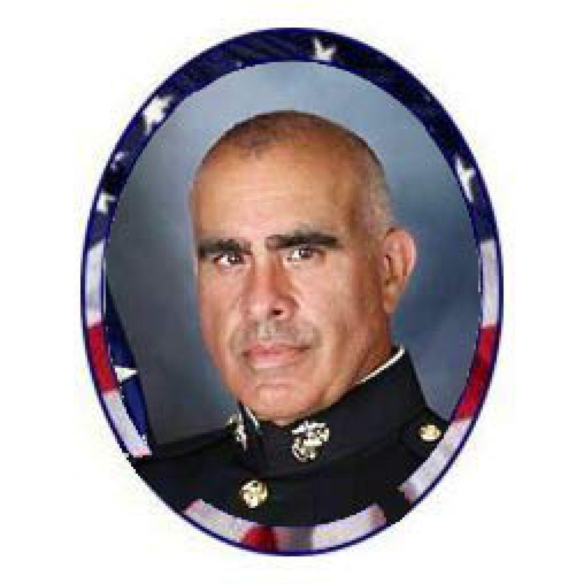 Roberto Fernandez CWO-5 Outgoing Commandant