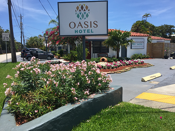 View of Oasis Hotel from the street