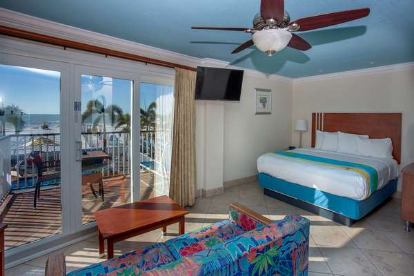 https://z0sqrs-a.akamaihd.net/2574-superiorsmalllodging/600x400_images/Plaza_Beach_Hotel_Beachfront_Resort/074%20(Copy).jpg