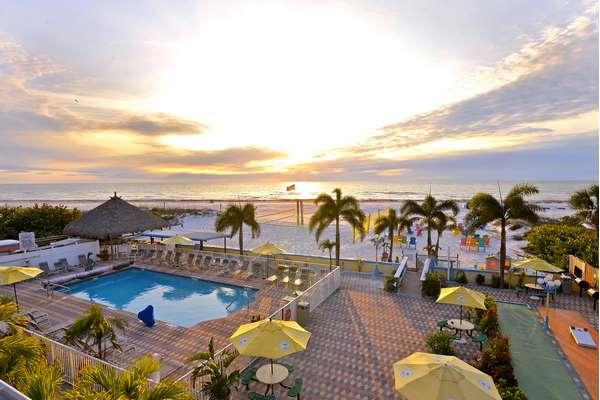 https://z0sqrs-a.akamaihd.net/2574-superiorsmalllodging/600x400_images/Plaza_Beach_Hotel_Beachfront_Resort/1.main%20PB%20pic%20(Copy).jpg