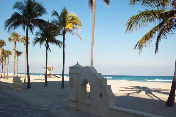 https://z0sqrs-a.akamaihd.net/2574-superiorsmalllodging/600x400_images/Walk_About_Beach_Resort/id_006.jpg
