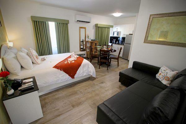 https://z0sqrs-a.akamaihd.net/2574-superiorsmalllodging/Casa_Pellegrino_Boutique_Hotel/id_007%20(Copy).jpg