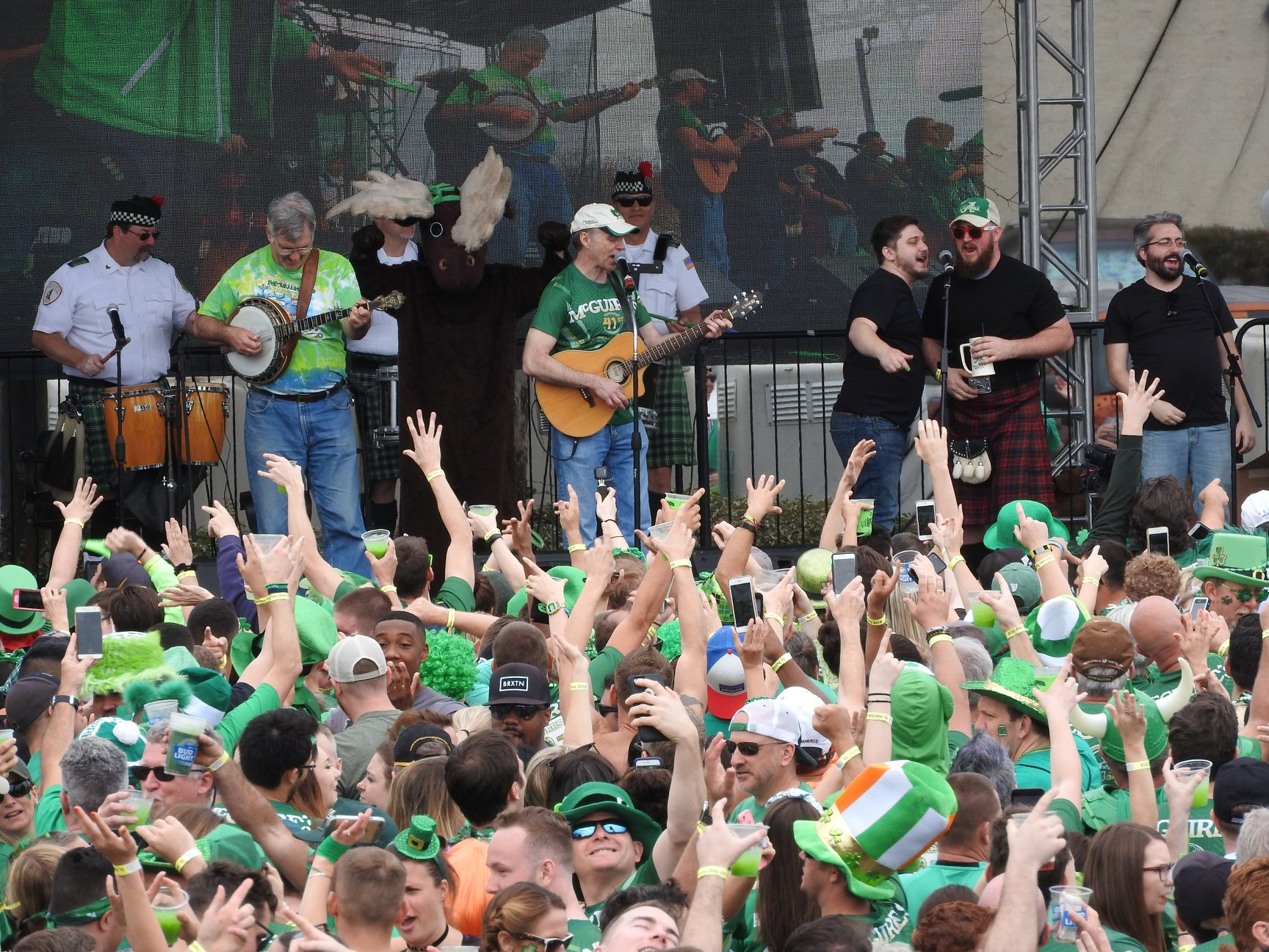 Band playing at St Paddys Day 5k Run