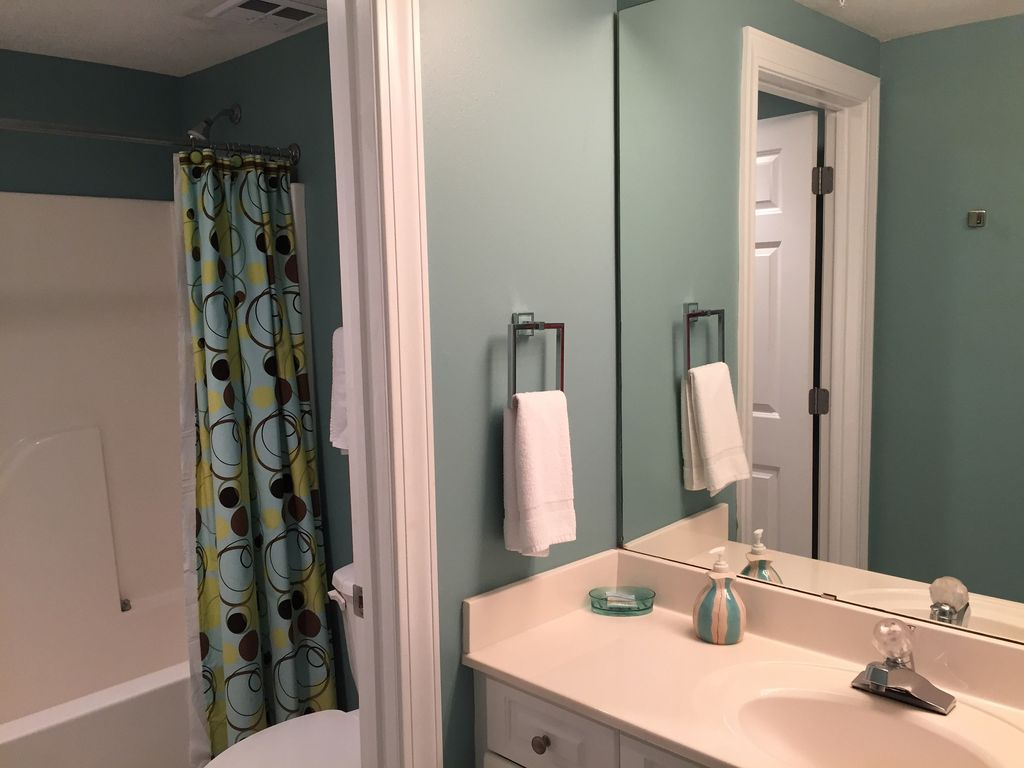 Private Guest Bath and Linen Closet