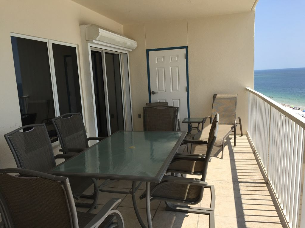 Large Gulf Front Balcony Table with Seating for 6 & 2 loungers