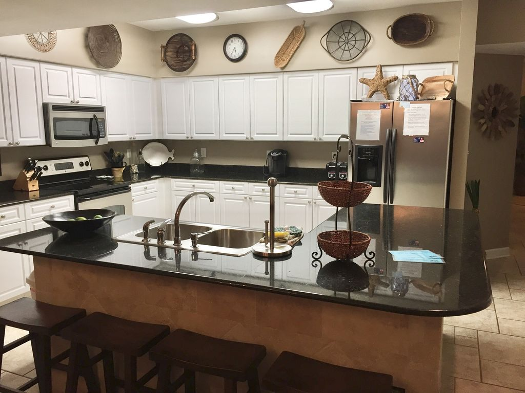 Fully Stocked Stainless Kitchen