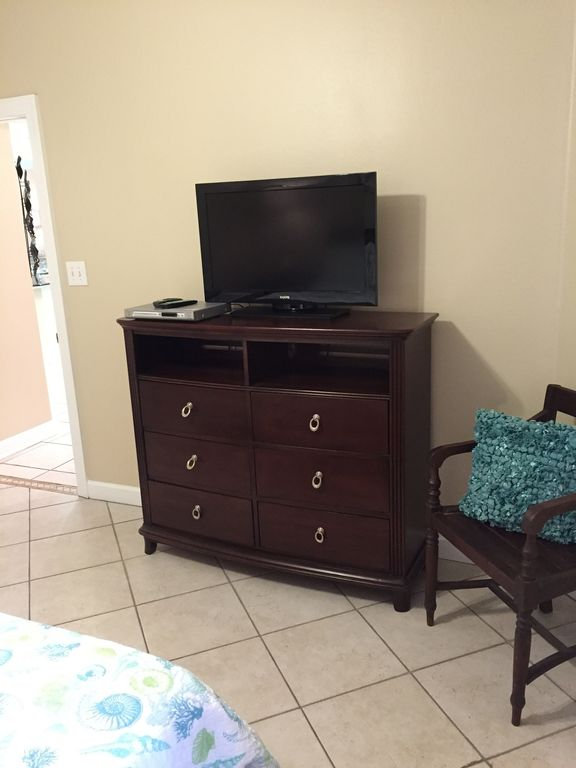 King Guest HDTV with DVD