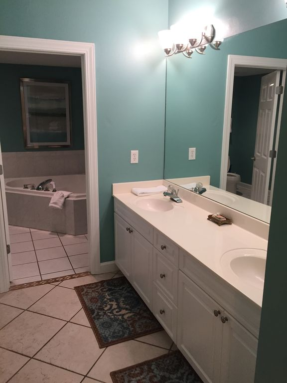 Master Bedroom with Double Sinks, Walk in Closet, Jacuzzi Tub & Glass Shower