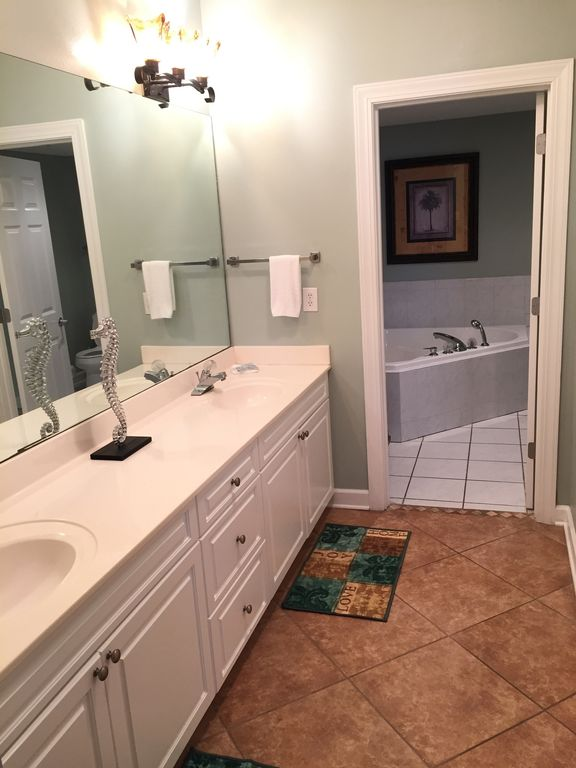 Master Bath, walk-in Closet, Double Sinks, Jacuzzi Tub, Separate Glass Shower