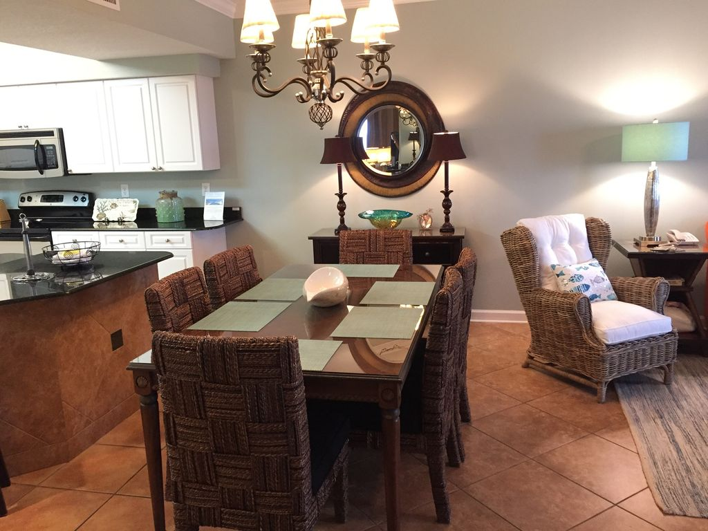 Dining with Seating for 6 also Breakfast Bar with Seating for 2