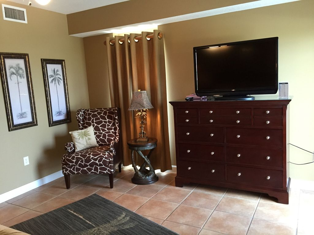 Second Master with 42 inch TV & DVD, Private Bath