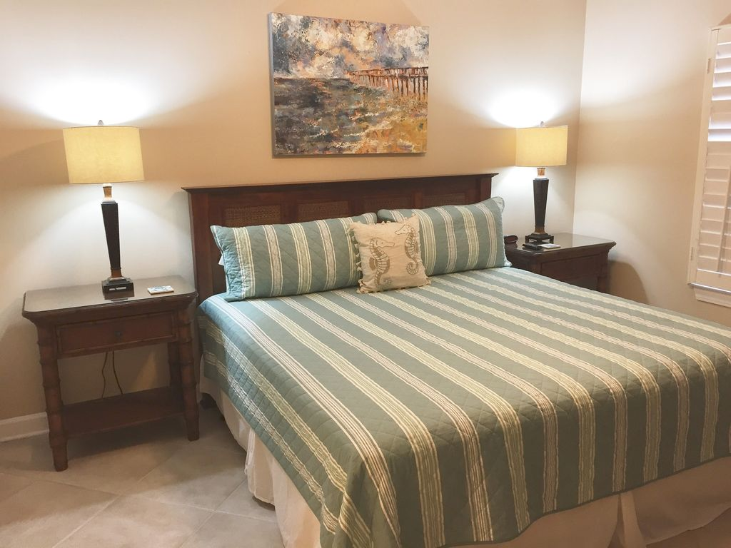 King Guest Bedroom with walkin closet and private bath