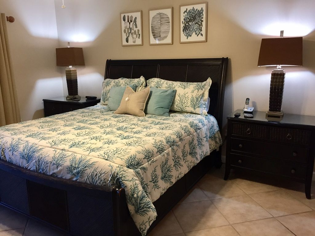 Master Bedroom with comfortable King Bed. Opens to Gulf Front Balcony
