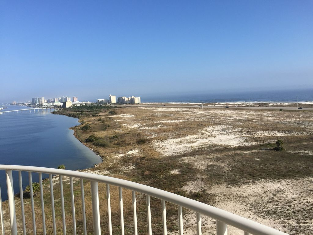 Caribe - view from both livingroom & balcony