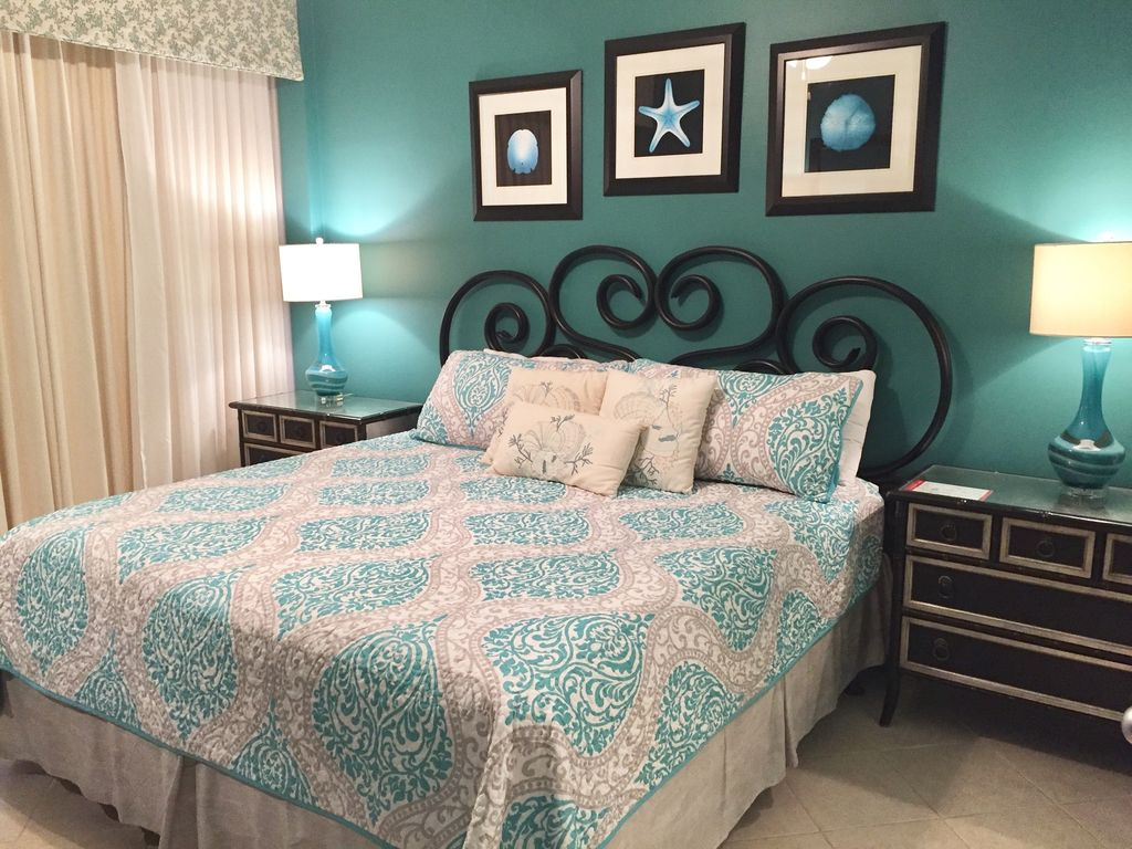 King Master Bedroom opening to Large Gulf Front Balcony