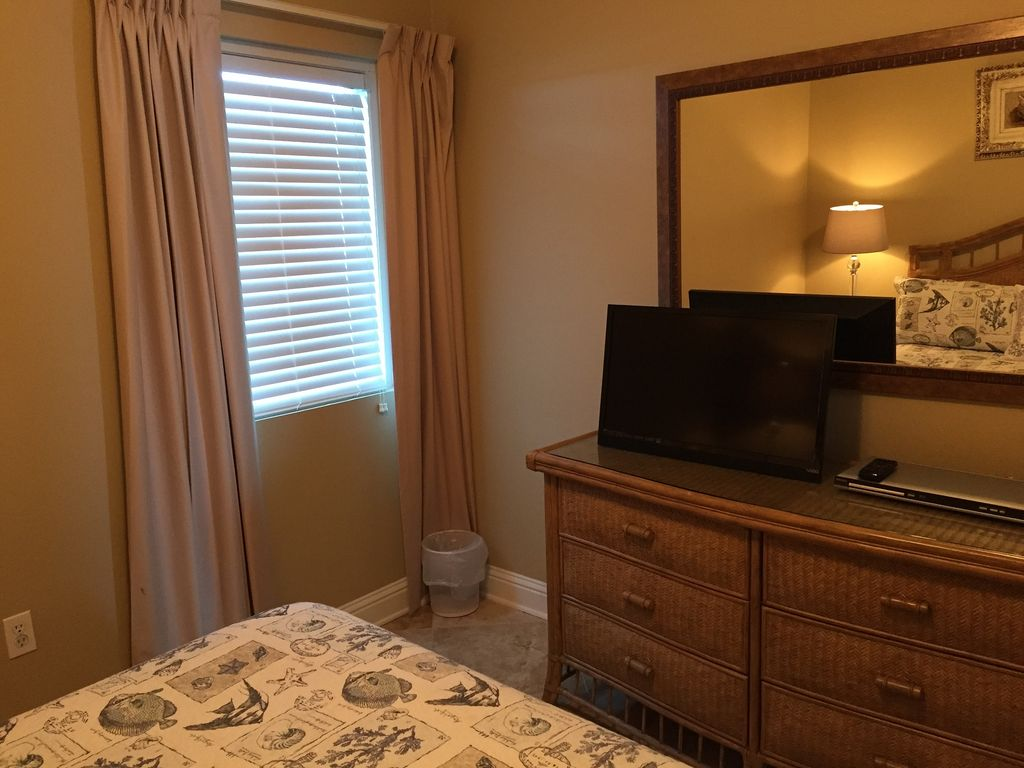 Guest Bedroom with HDTV and DVD