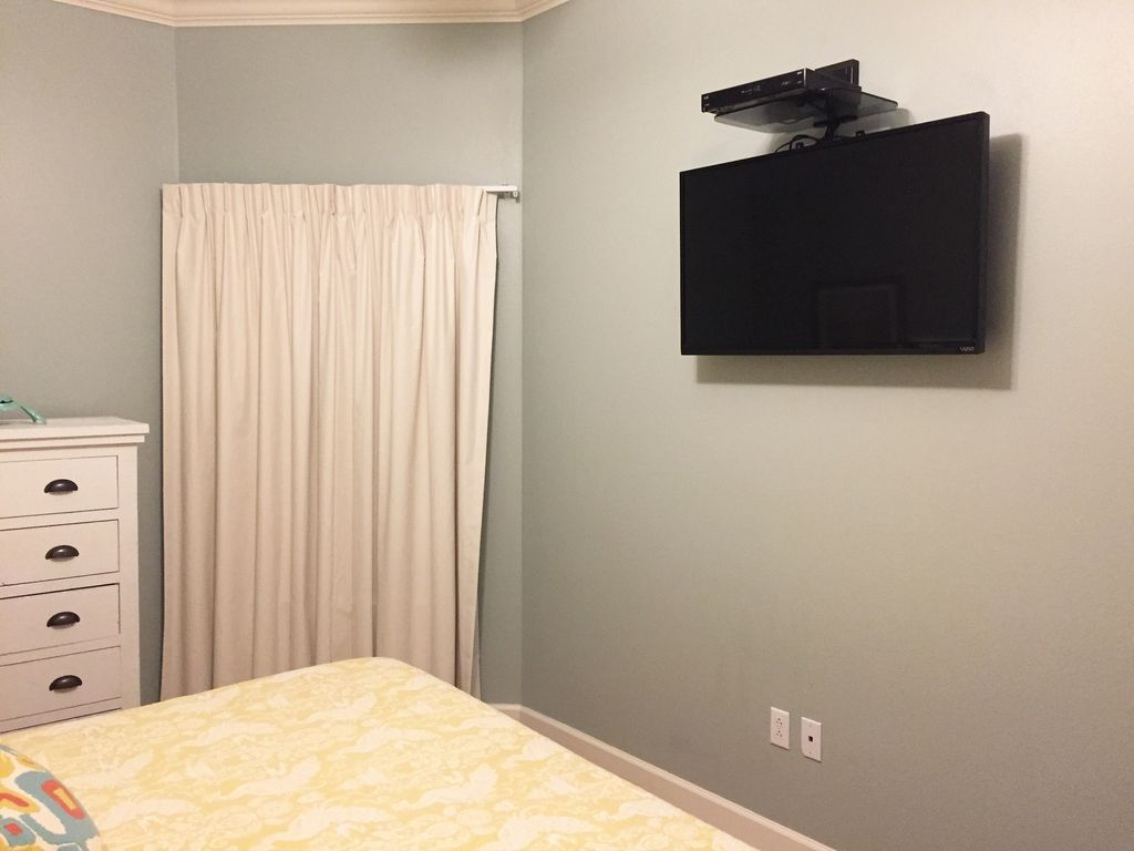 King Guest Bedroom TV with New Paint Color