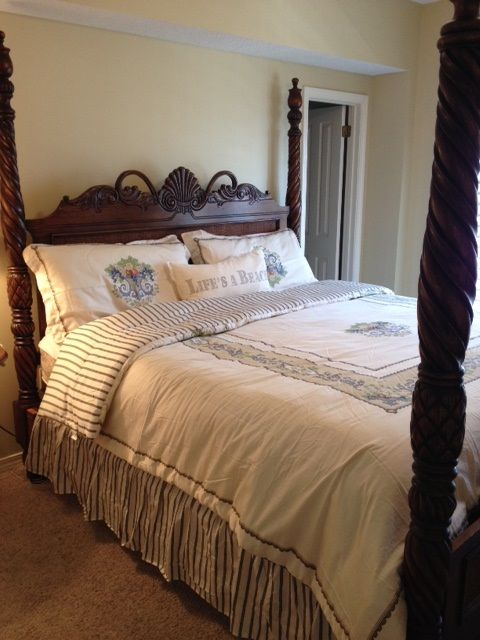 Guest Bedroom with King Bed and Flat Screem TV & DVD