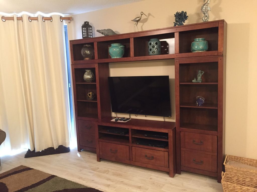 Entertainment center with TV in Livingroom