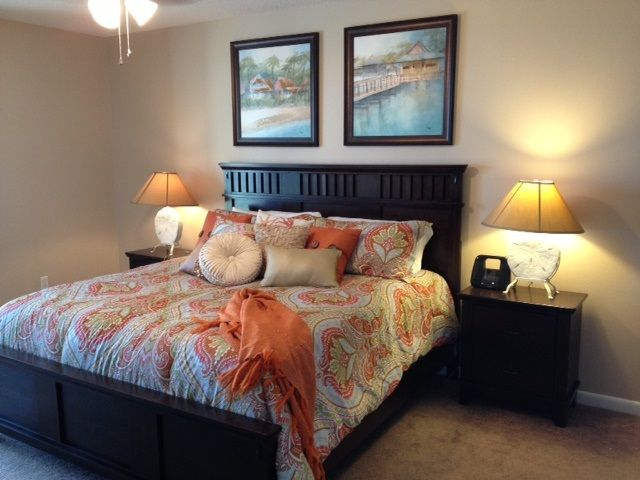 Master Bedroom with King Bed, Flat Screen HDTV & DVD Player