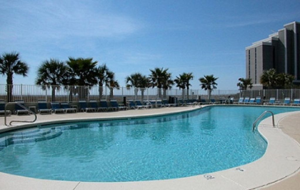 Outdoor pool at Tidewater