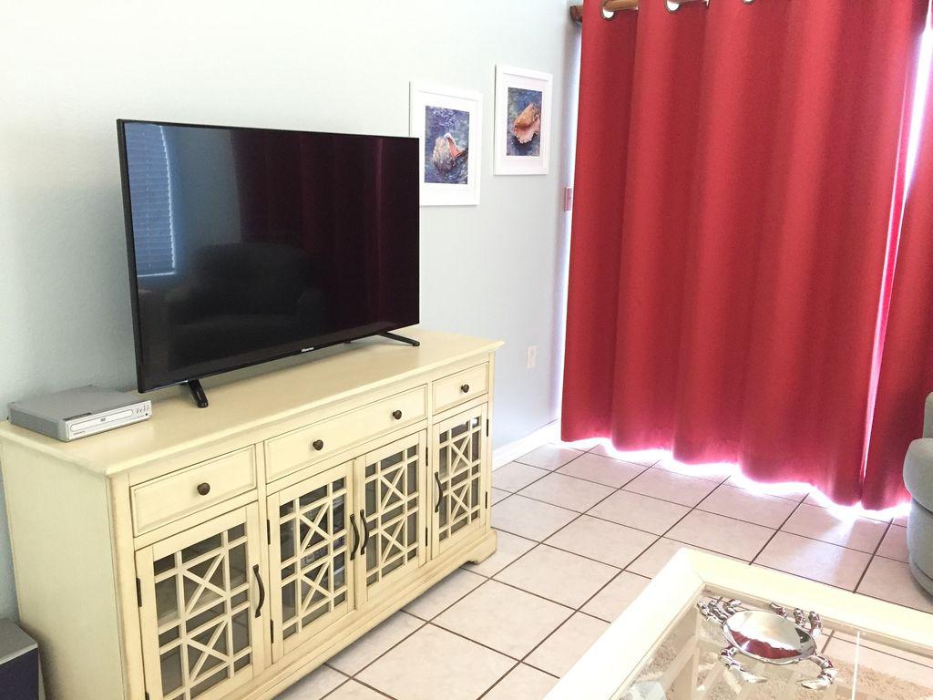 Flatscreen TV in Livingroom