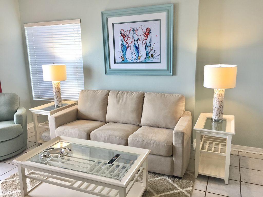 Gulf Front livingroom at Tidewater