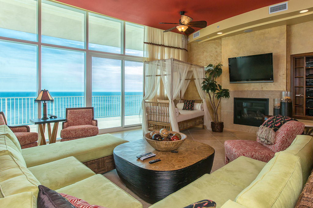 Turquoise Place Penthouse - 2402D