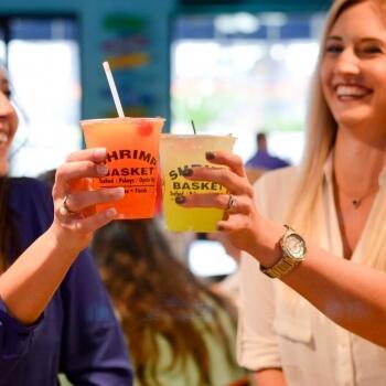 Friends_having_drinks