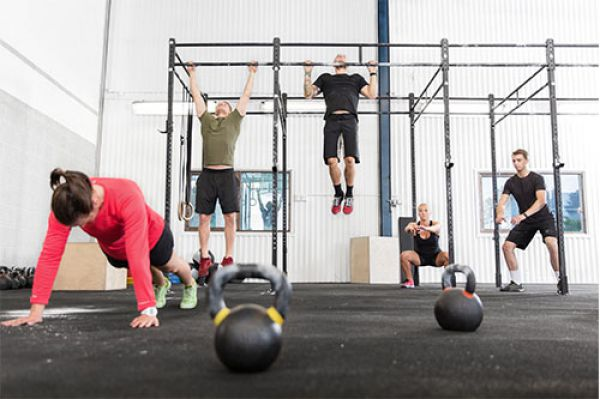 Image of people doing crossfit