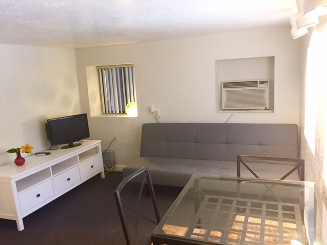 Unit #09 Sitting Area
