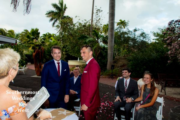 Elopement ceremony under the Banyan Tree in the West Martello Garden