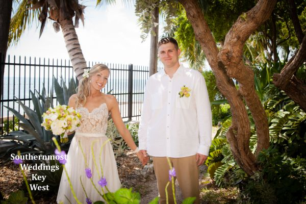 A simple wedding in Key West at the West Martello Towers by Southernmost Weddings