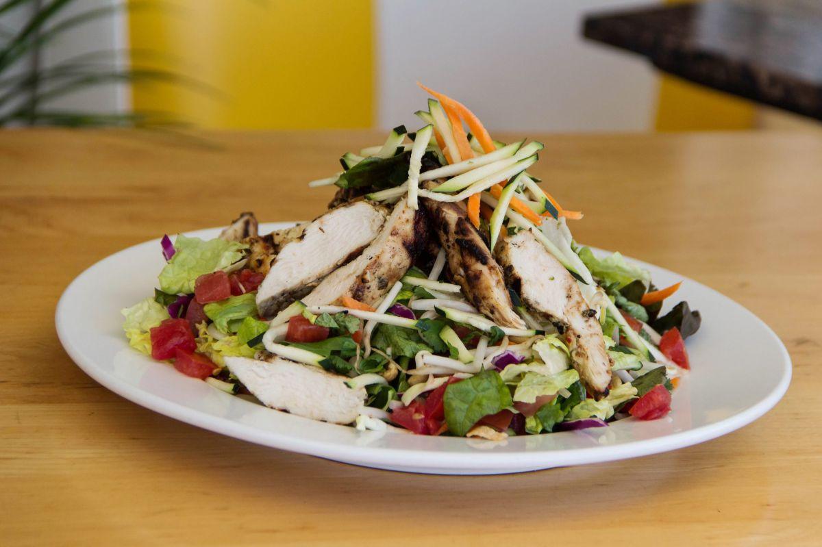 Sample image of Sammy's Spicy Thai Grilled Chicken Salad