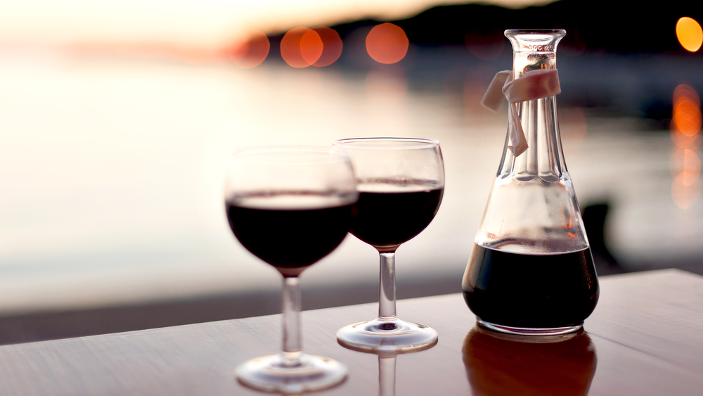 4 Red Wine Health Benefits to Celebrate