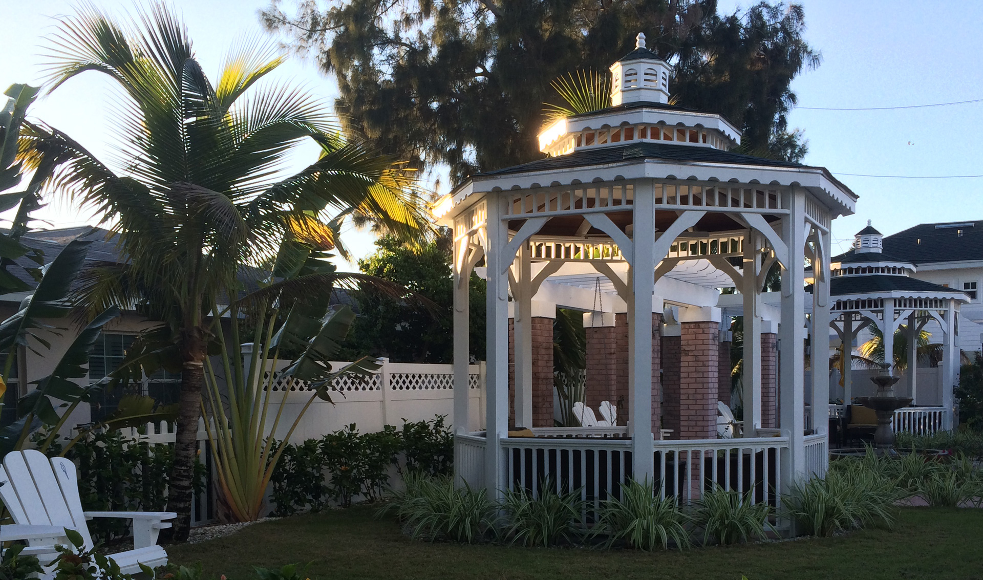 White gazebo in Florida