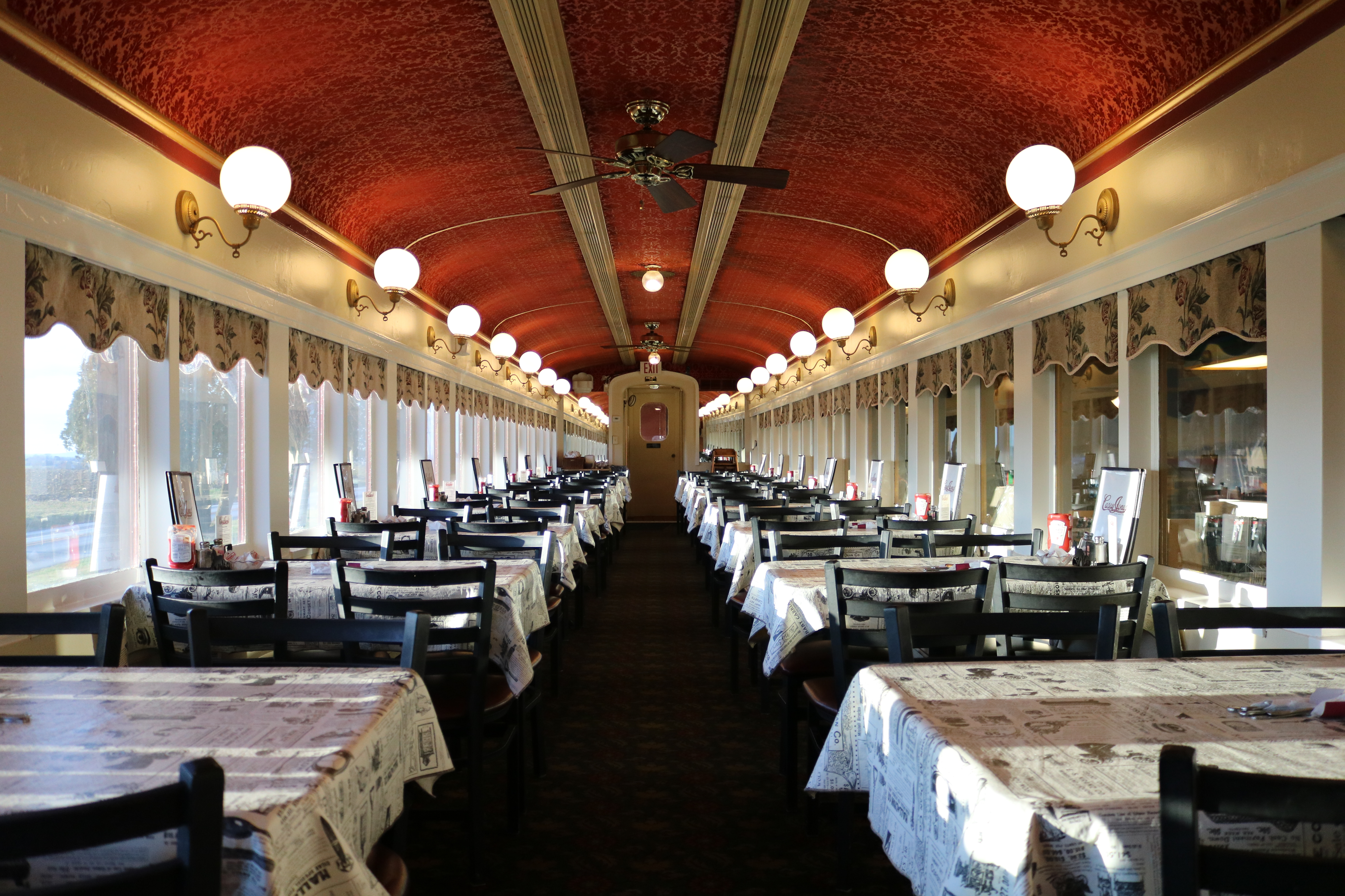 interior of 1920's era Pennsylvania Railroad Dining Car