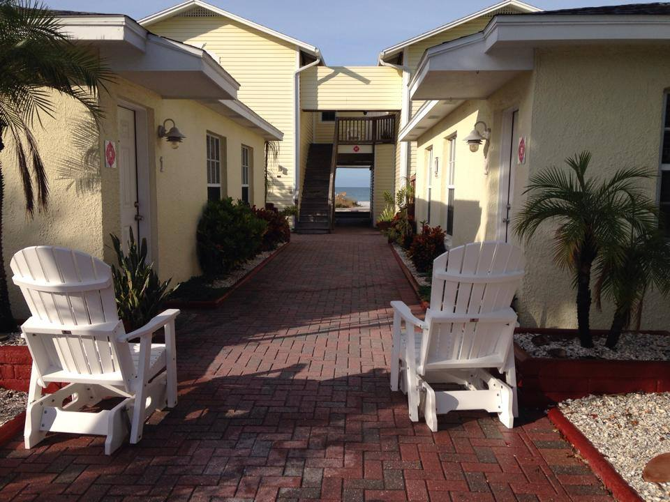 2 chairs at Sand Glo Villas