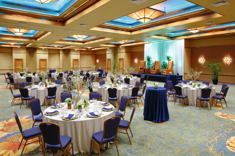 Perdido Beach event venue grand hall with round tables