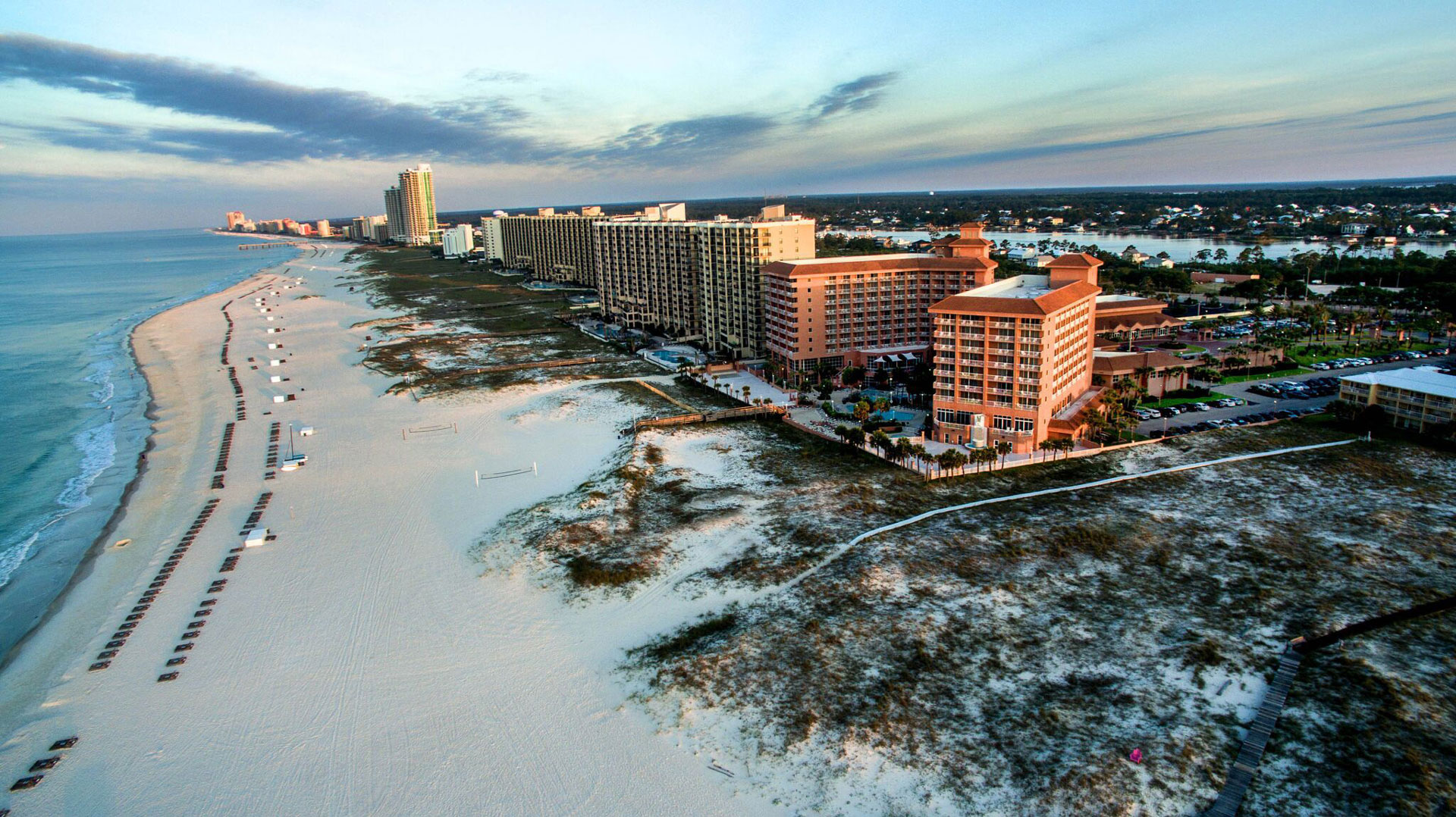 resorts along the beach