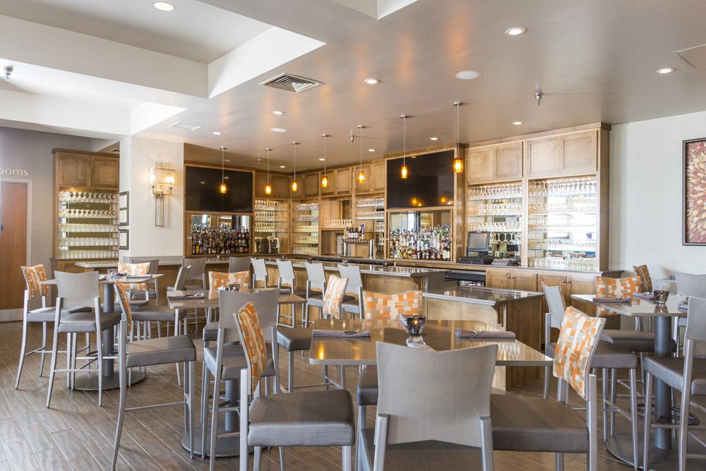 bistro-style large dining room at Perdido Beach's Latitude 30