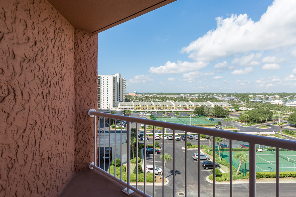 Perdido Beach Inland View Room featuring balcony