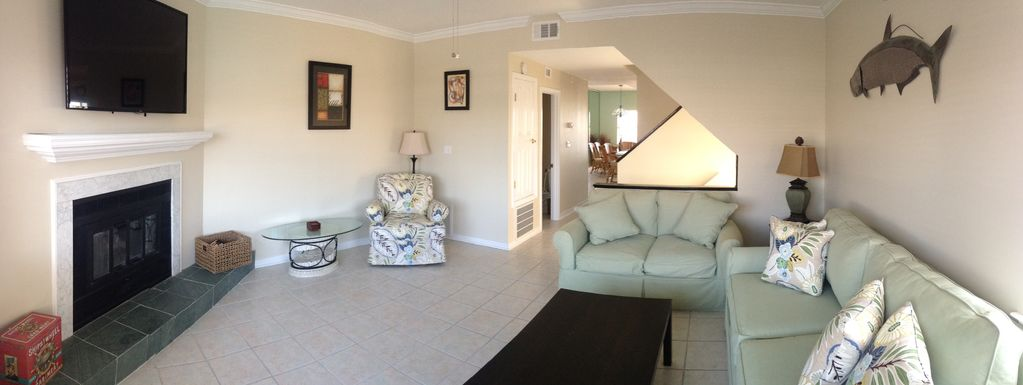Lafitte Landing Living room