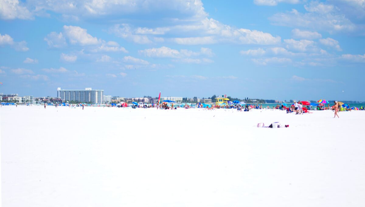 Large overview of Siesta Key with white sand and blue skies