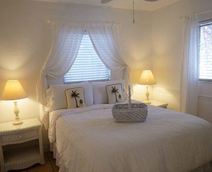 Hibiscus Bungalow Bedroom