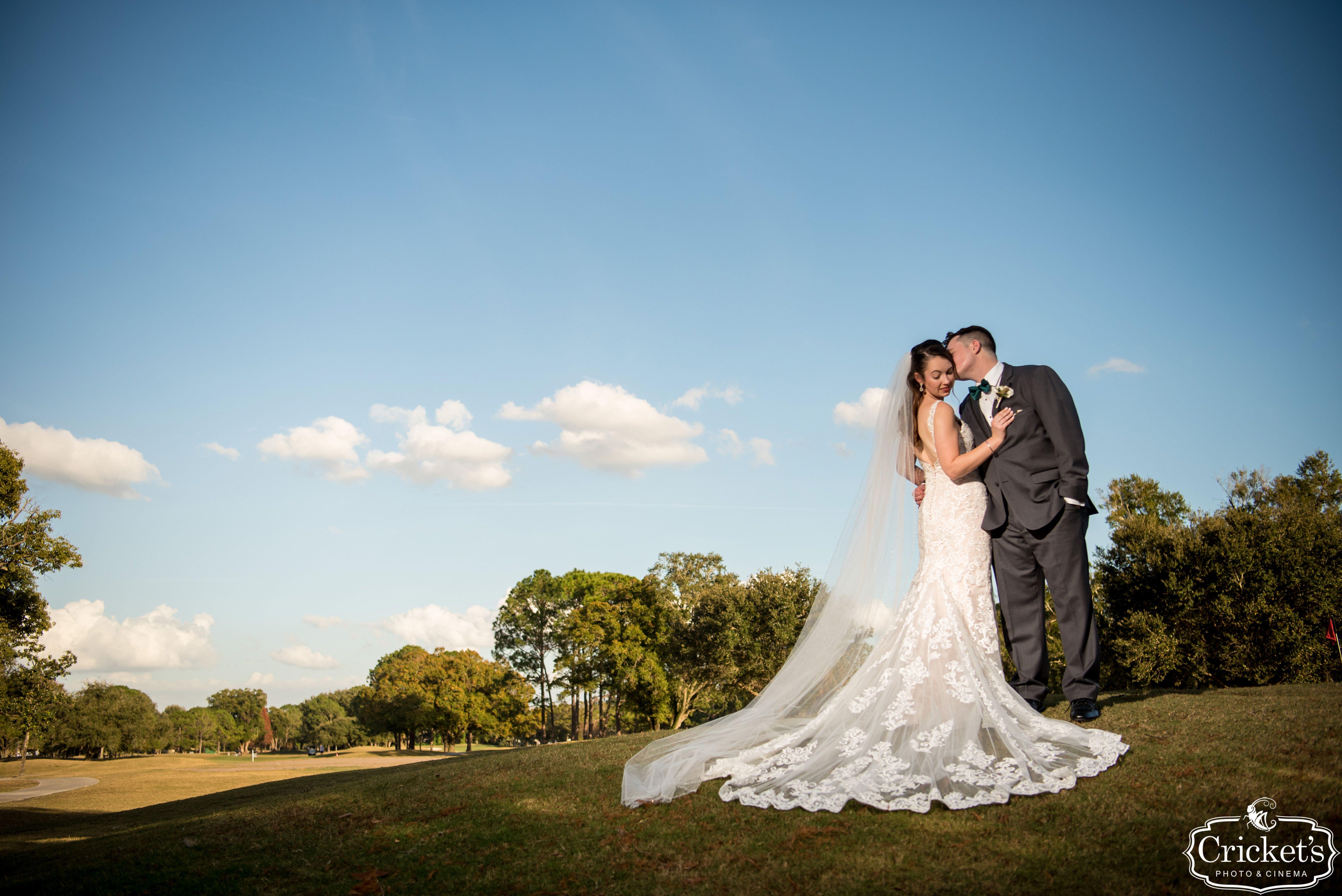 orlando wedding venue - dubsdread catering - couple - crickets