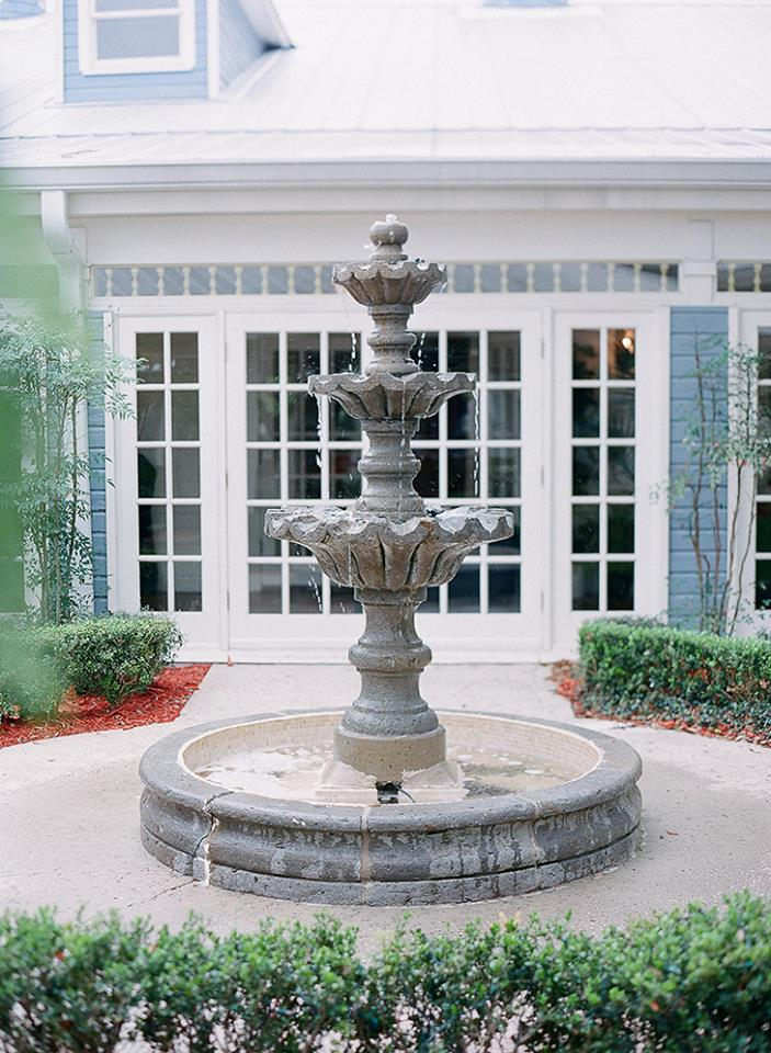 highland manor water fountain outdoors