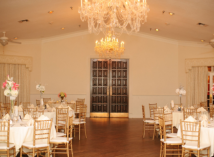 warm, elegant ballroom layout