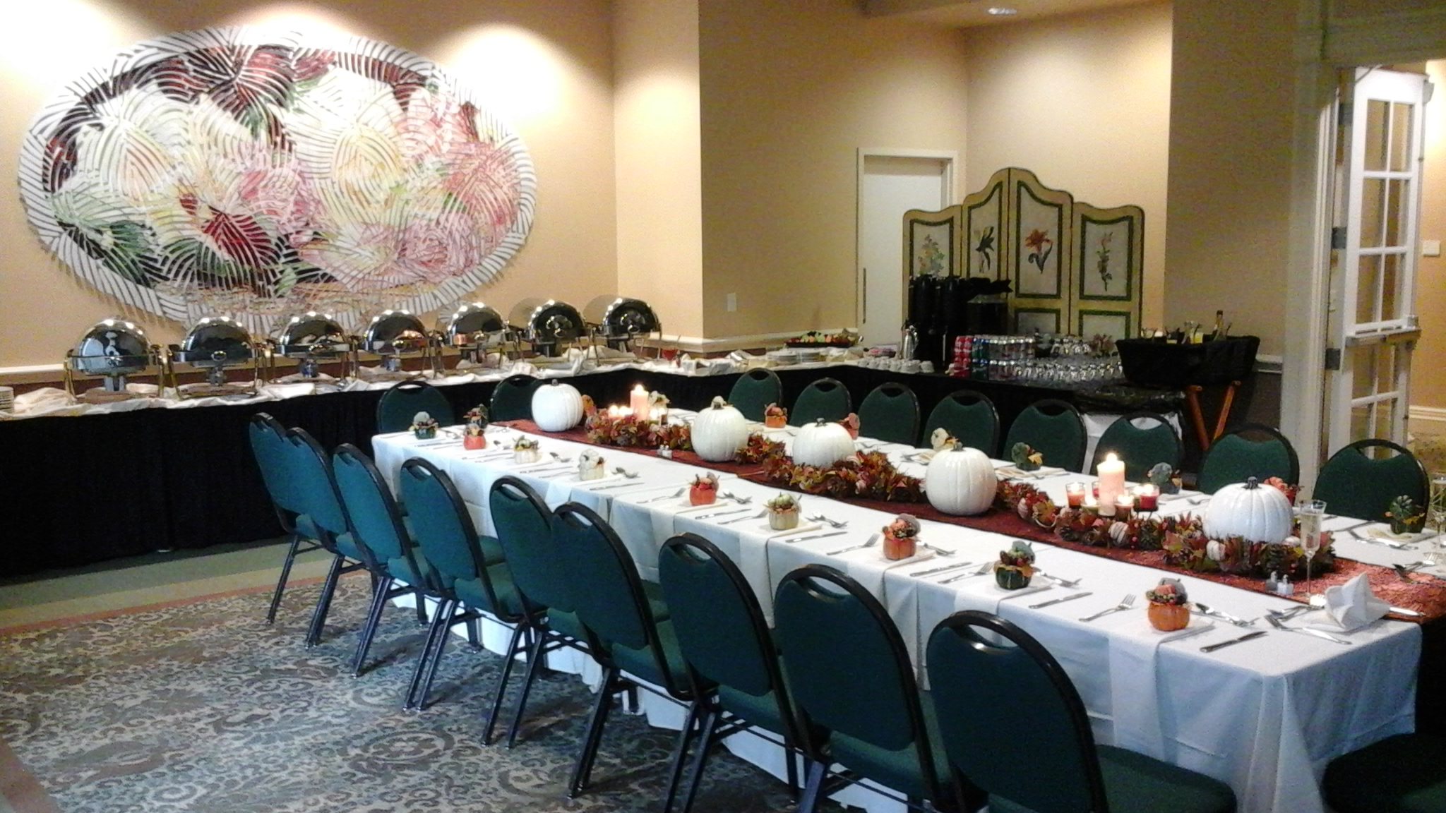 fall table decor and seating with buffet